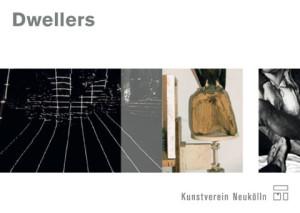 Postkarte Dwellers, Vorderseite (v. l.n. r.): Marc Klee, Park, 3_(großer Baum), 2012; Pius Fox, untitled, 2013; Pius Fox, untitled, 2010