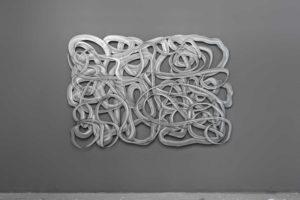 """Sebastian Gumpinger, """"LINE 201"""", 2019, Acryl auf verzinktem Stahl (1mm), 137 x 204 cm, Foto: © Rasmus Bell"""